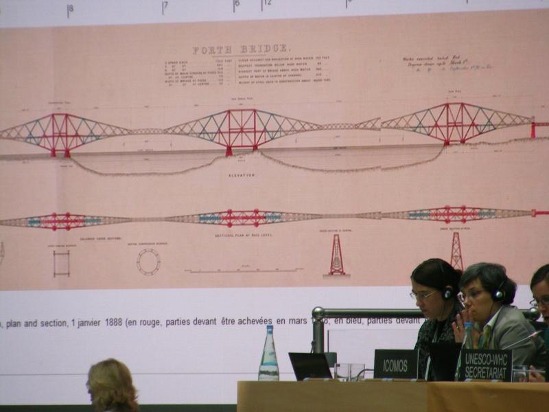Icomos presents Forth Bridge at Bonn 2015 mw (2)