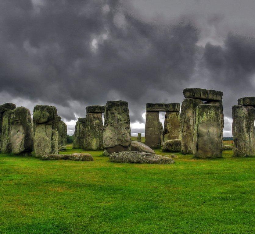 Stonehenge- Qalinx